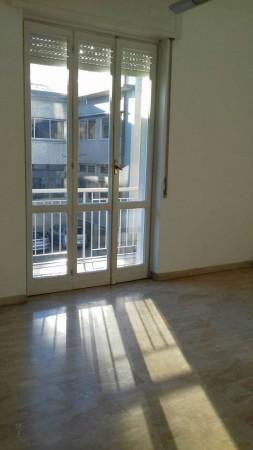 Appartamento in affitto a Garbagnate Milanese, 85 mq