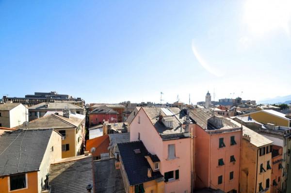 Appartamento in vendita a Genova, Sestri Ponente, 63 mq