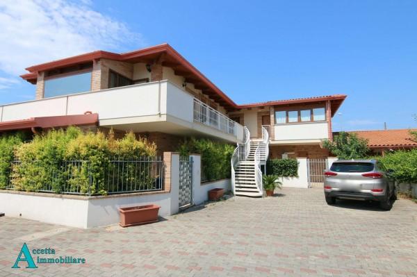 Appartamento in vendita a Taranto, Residenziale, 61 mq