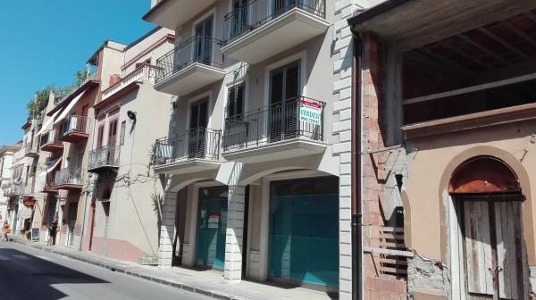 Appartamento in vendita a Sant'Agata di Militello, Centrale, 150 mq