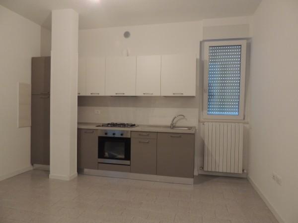 Appartamento in affitto a Spoleto, Commerciale, 110 mq