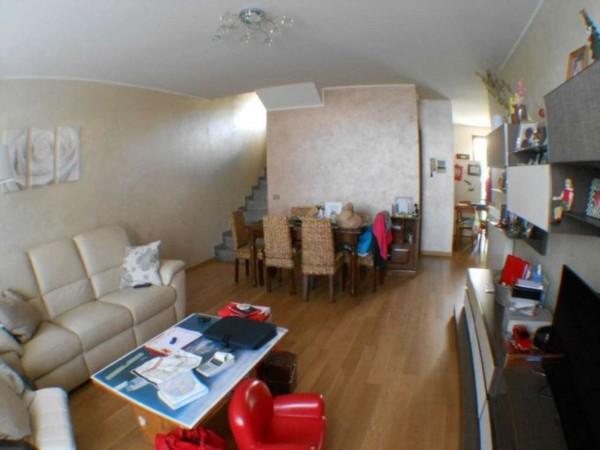Villetta a schiera in vendita a Ricengo, Residenziale, Con giardino, 130 mq
