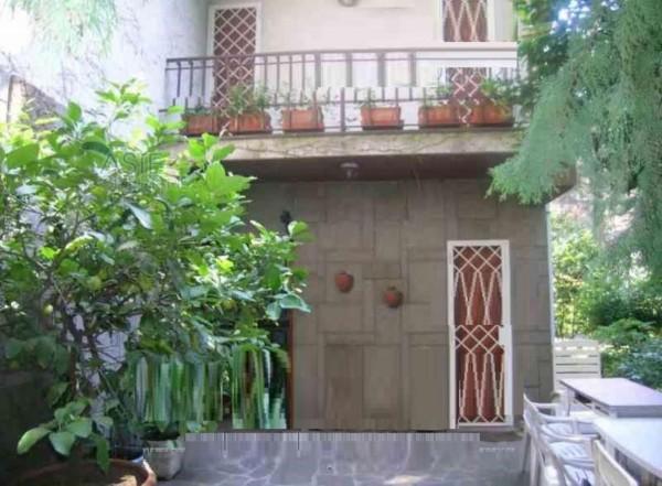 Casa indipendente in vendita a Grottaferrata, 374 mq