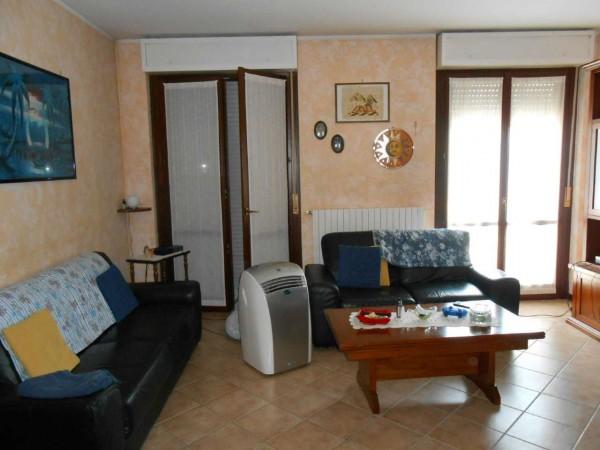 Appartamento in vendita a Spino d'Adda, Residenziale, Con giardino, 97 mq