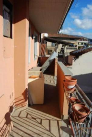 Appartamento in vendita a Montemurlo, Fornacelle, Con giardino, 58 mq