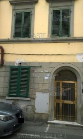 Appartamento in vendita a Pistoia, Vergine, 64 mq