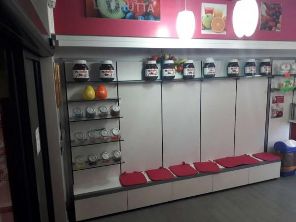 Locale Commerciale  in vendita a Rho, Centro, Arredato, 60 mq - Foto 8