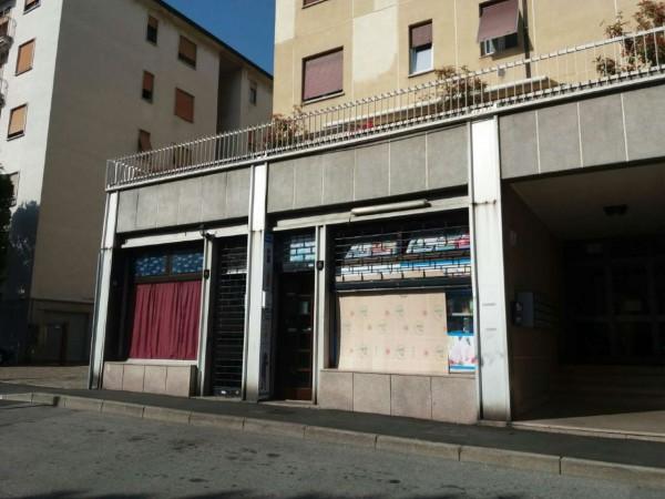 Locale Commerciale  in vendita a Meda, Residenziale, 38 mq