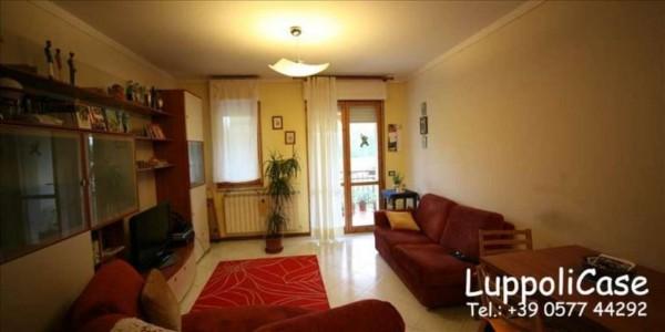 Appartamento in vendita a Siena, 73 mq