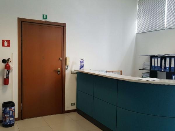 Ufficio in affitto a Torino, Pozzo Strada, 200 mq