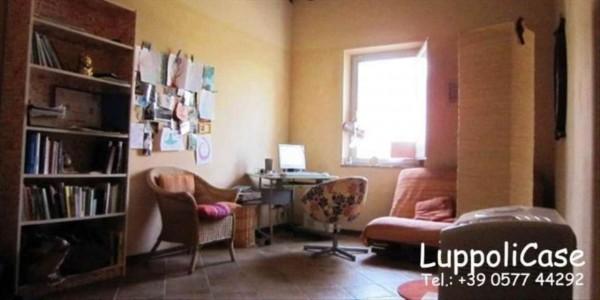 Appartamento in vendita a Castelnuovo Berardenga, Con giardino, 110 mq