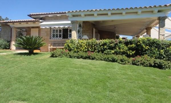 Casa indipendente in vendita a Golfo Aranci, Su Donnigheddu, Con giardino, 250 mq