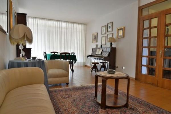 Appartamento in vendita a Perugia, San Marco, 160 mq