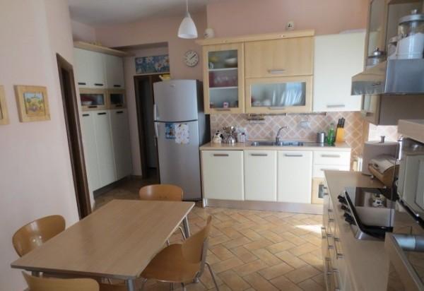 Appartamento in vendita a Perugia, V, 130 mq