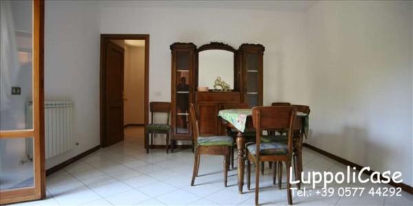 Appartamento in vendita a Siena, Con giardino, 83 mq