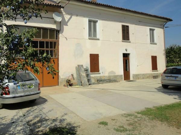 Casa indipendente in vendita a Alessandria, San Giuliano, Con giardino, 280 mq
