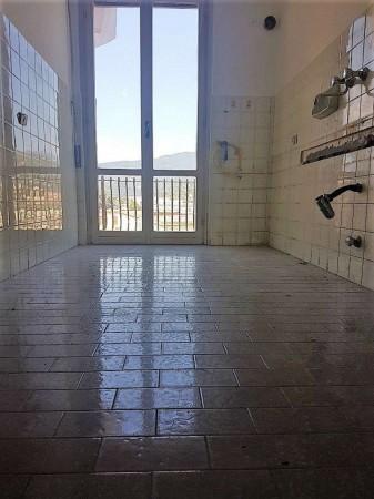Appartamento in vendita a Chiavari, Caperana, 75 mq