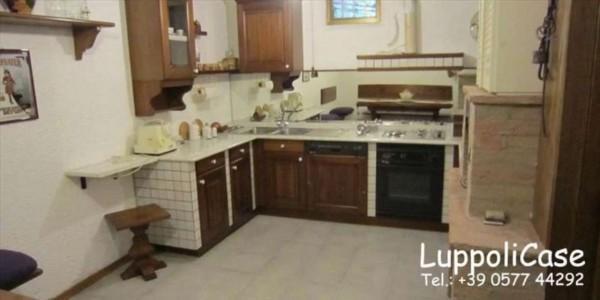 Appartamento in vendita a Monteroni d'Arbia, Con giardino, 200 mq - Foto 1