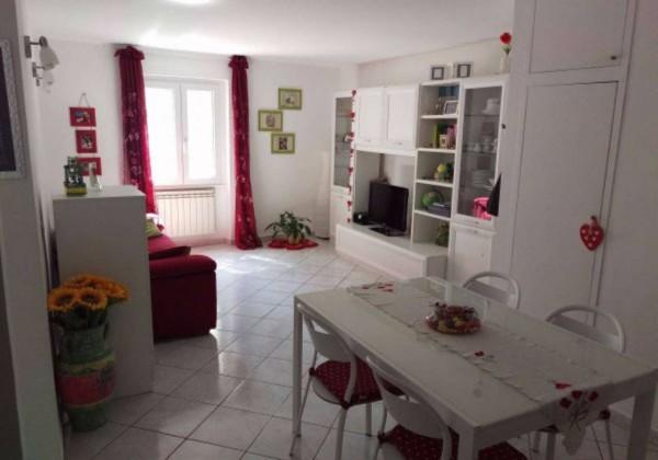 Appartamento in vendita a Roma, Bravetta, Con giardino, 67 mq