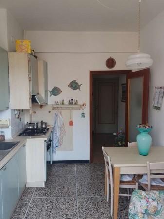 Appartamento in vendita a Chiavari, Centro, 55 mq
