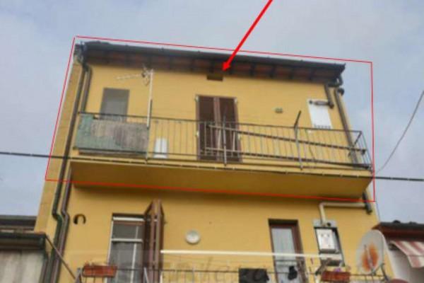 Appartamento in vendita a Prato, 81 mq