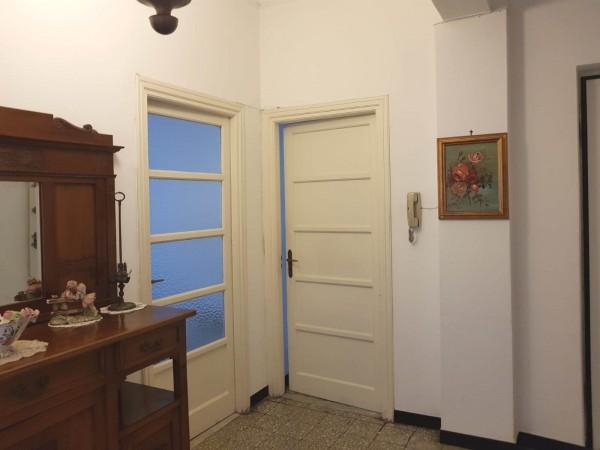 Appartamento in vendita a Imperia, 100 mq