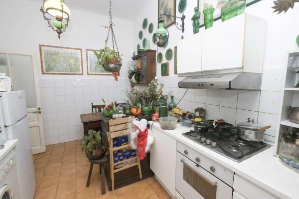 Appartamento in vendita a Genova, Foce, 100 mq
