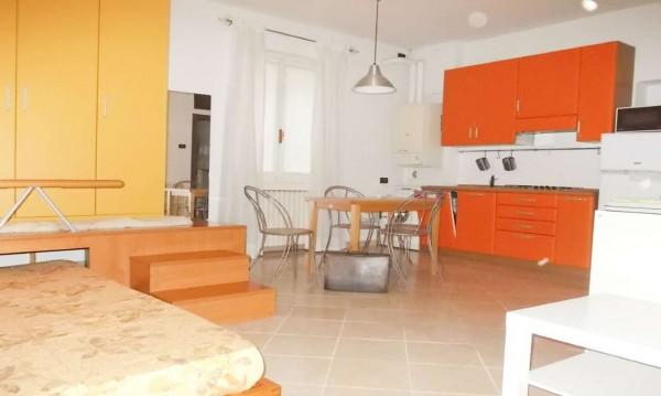 Appartamento in affitto a Milano, Missori, Arredato, 45 mq