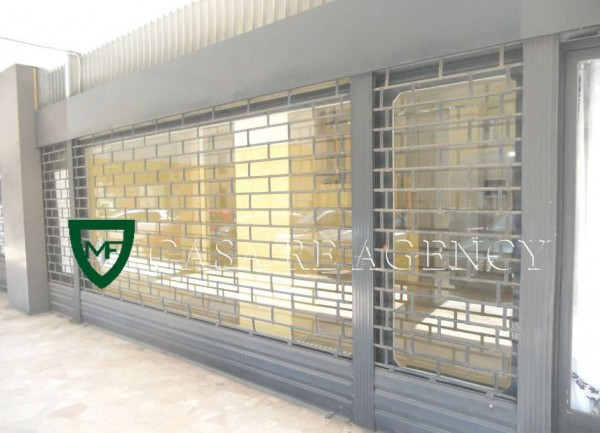 Negozio in affitto a Varese, Belforte-centro, 90 mq