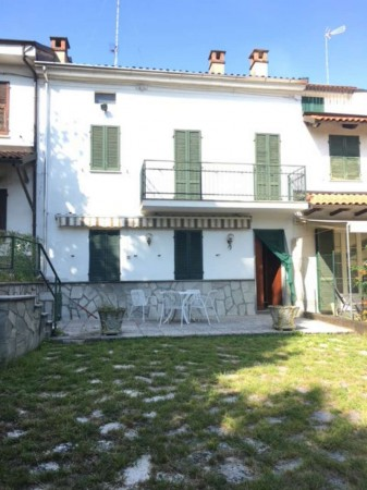 Casa indipendente in vendita a Alessandria, 150 mq