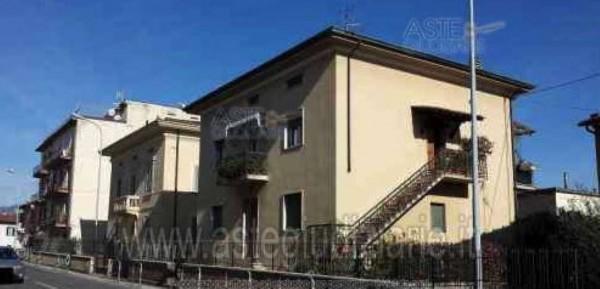 Appartamento in vendita a Pistoia, Vergine, 129 mq