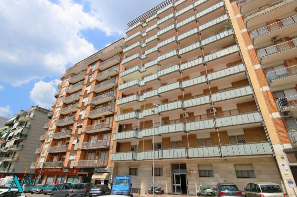 Appartamento in vendita a Taranto, Semicentrale, 198 mq