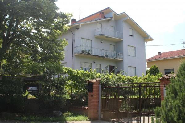 Appartamento in vendita a Lesegno, Centro, 100 mq