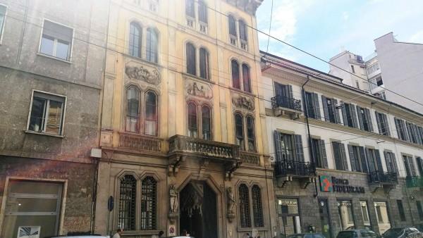 Ufficio in vendita a Milano, Porta Romana, 330 mq
