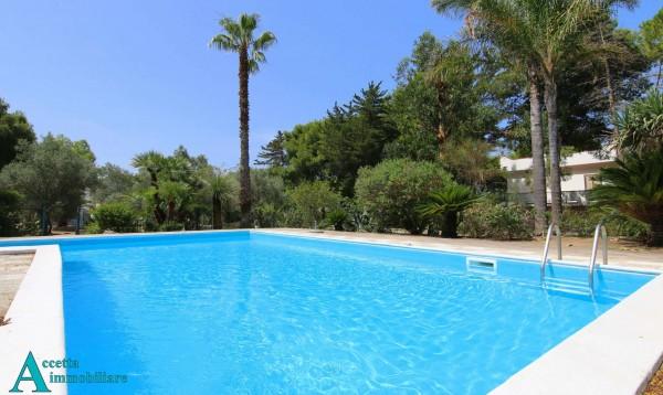 Villa in vendita a Pulsano, Residenziale, Con giardino, 256 mq