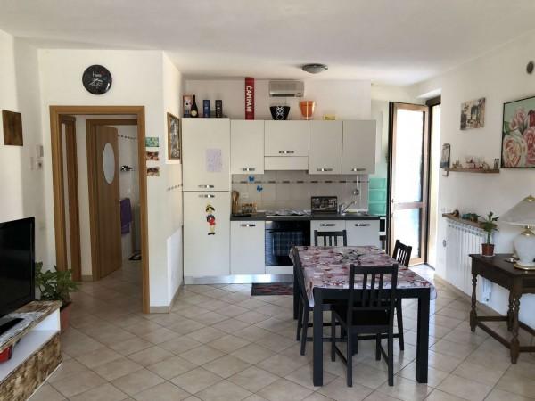 Appartamento in vendita a Leggiuno, Con giardino, 60 mq