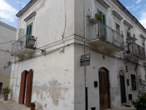Casa indipendente in vendita a Triggiano, Centro Storico, 98 mq