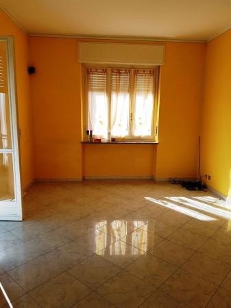 Appartamento in affitto a Chieri, 80 mq