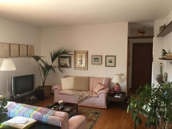 Appartamento in vendita a Varese, Centrale, Con giardino, 210 mq