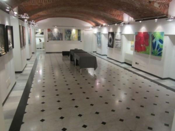 Locale Commerciale  in affitto a Milano, Pagano, 120 mq