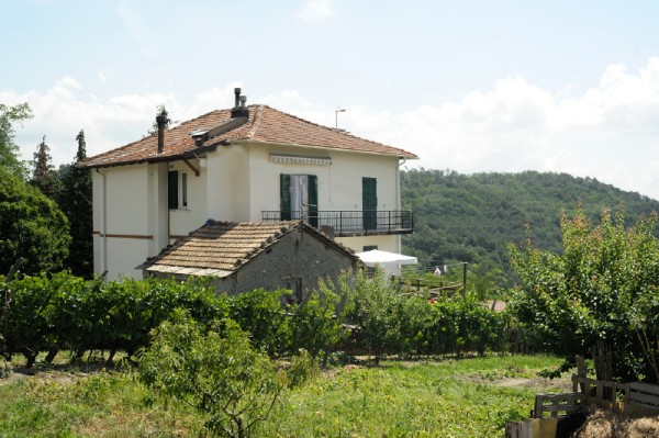 Casa indipendente in vendita a Campomorone, Langasco, Con giardino, 420 mq