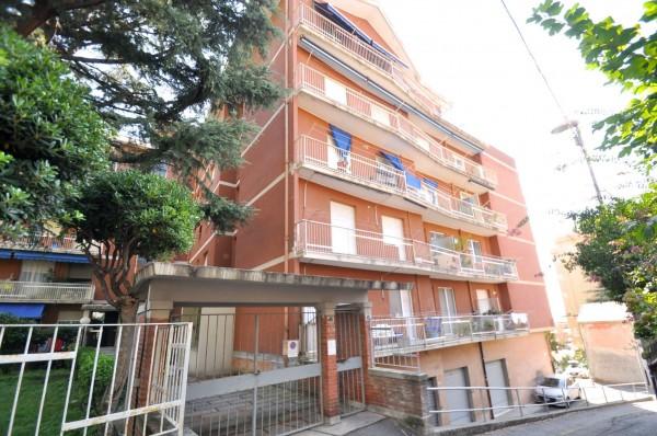 Appartamento in vendita a Genova, Sestri Ponente, Con giardino, 100 mq