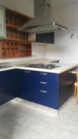 Appartamento in affitto a Cesate, Arredato, con giardino, 110 mq
