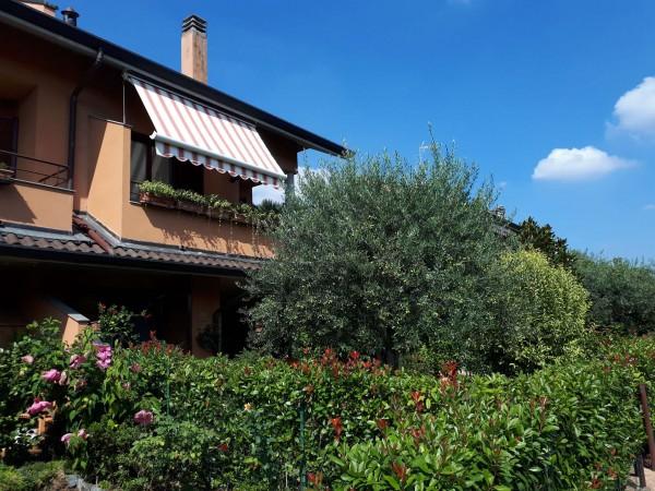 Villetta a schiera in vendita a Cesate, Arredato, con giardino, 245 mq