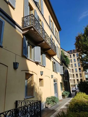Ufficio in affitto a Milano, Missori, 300 mq