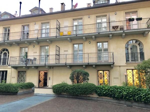 Appartamento in vendita a Torino, Palazzo Nuovo, Arredato, con giardino, 70 mq