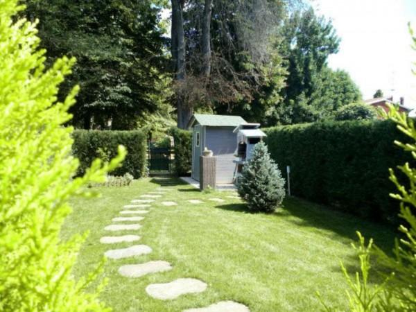 Casa indipendente in vendita a Modena, Con giardino, 210 mq