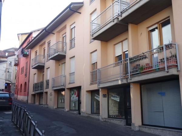 Locale Commerciale  in vendita a Mondovì, Breo, 55 mq