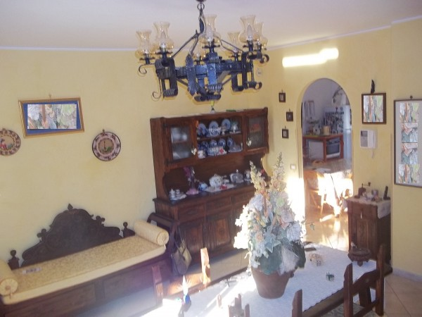 Villa in vendita a Guidonia Montecelio, La Botte, Con giardino, 300 mq