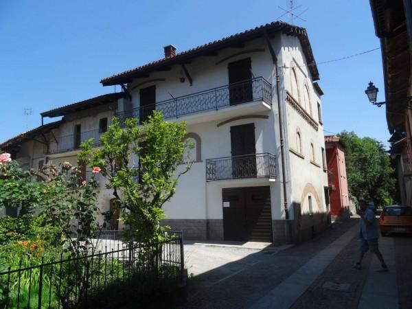 Casa indipendente in vendita a Rocca de' Baldi, Centro, Con giardino, 140 mq